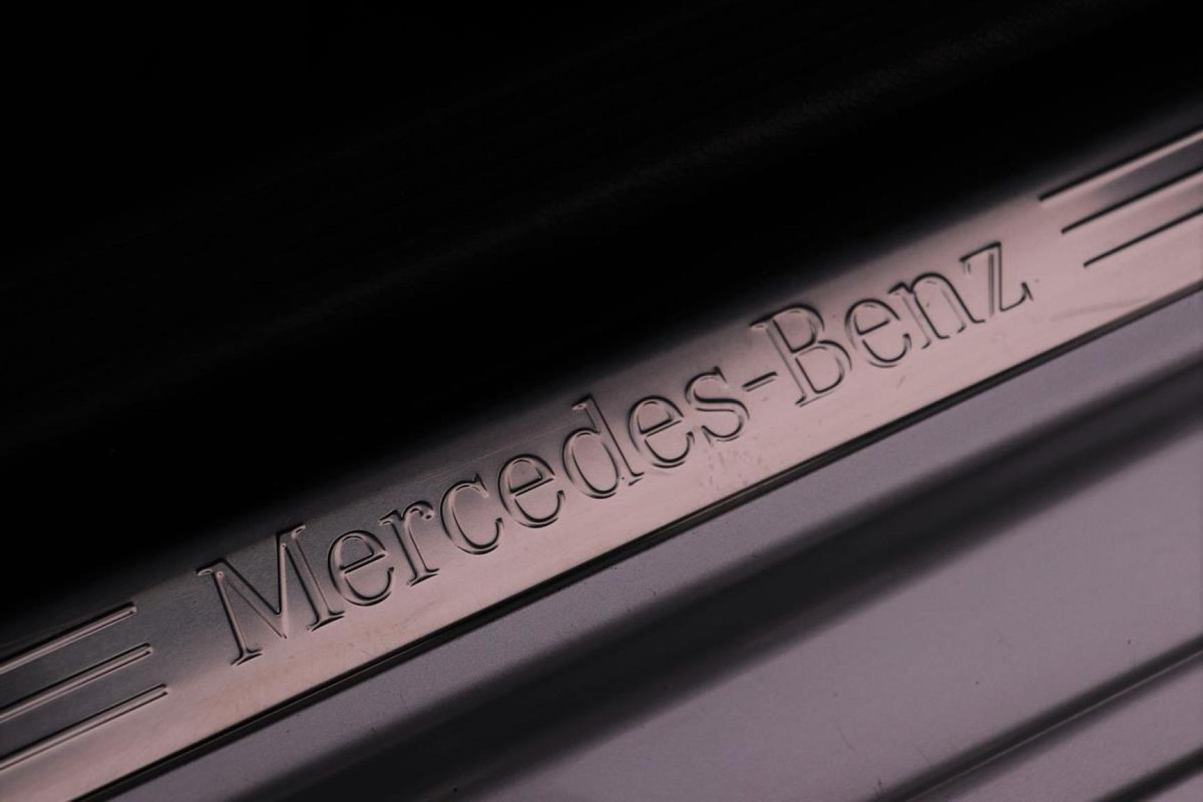 Mercedes-Benz-C-Klasse-17