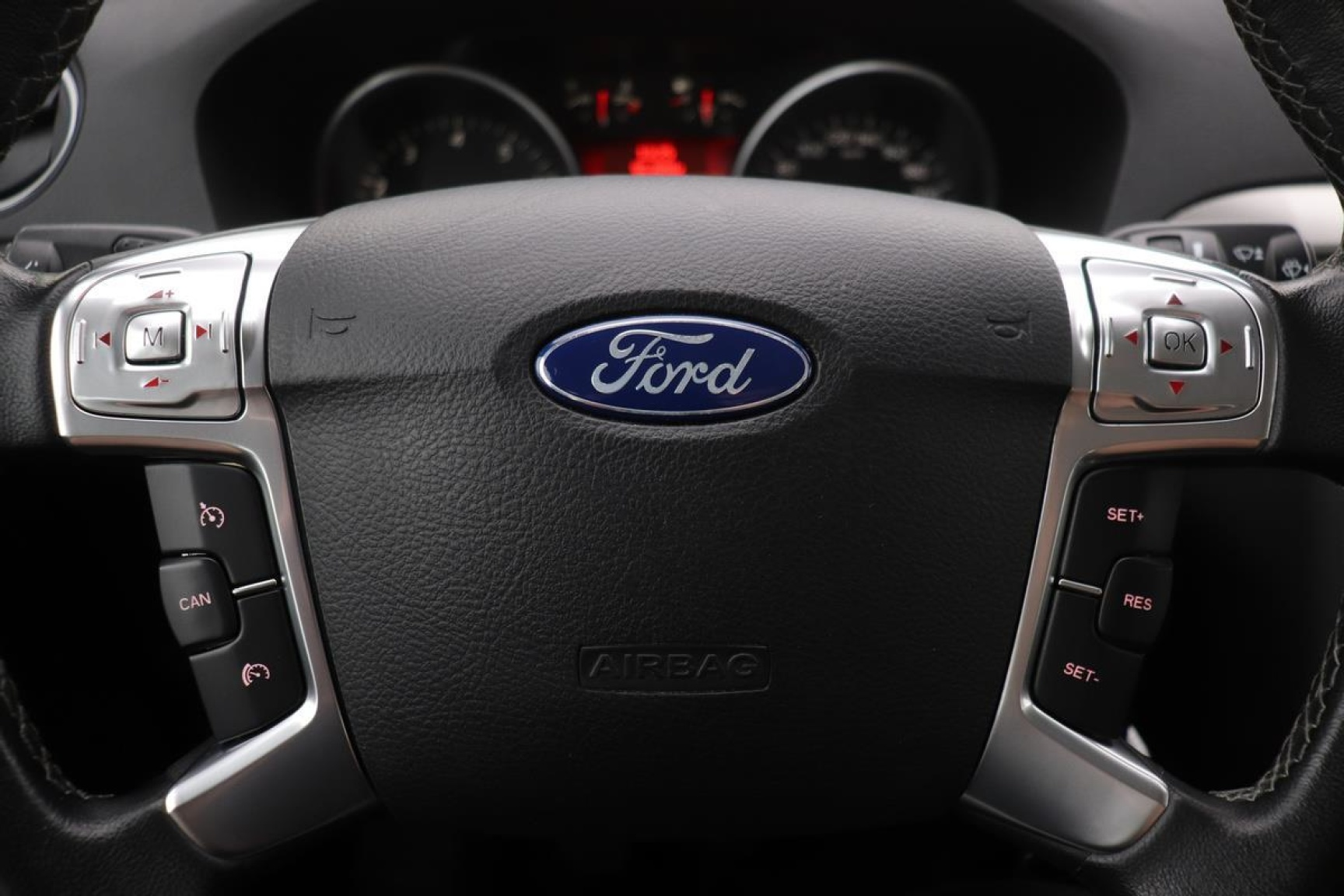 Ford-S-Max-11