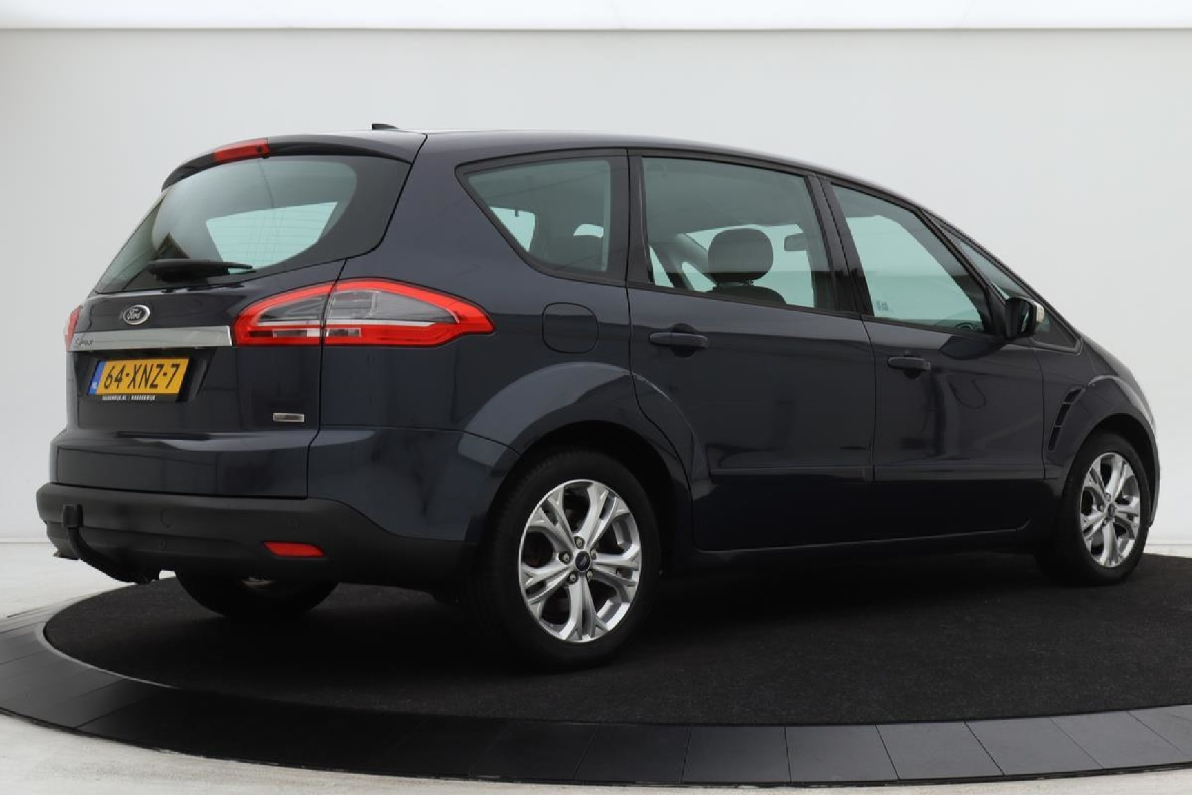 Ford-S-Max-30
