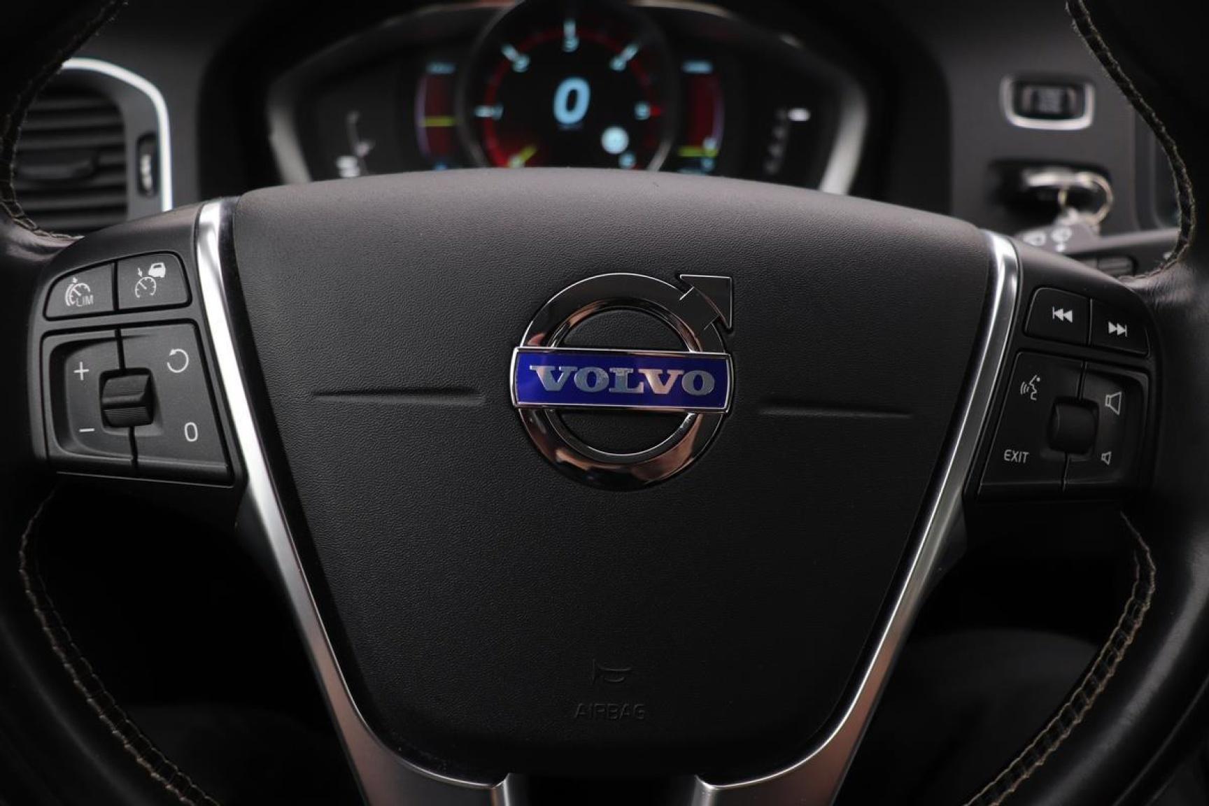 Volvo-V60-8