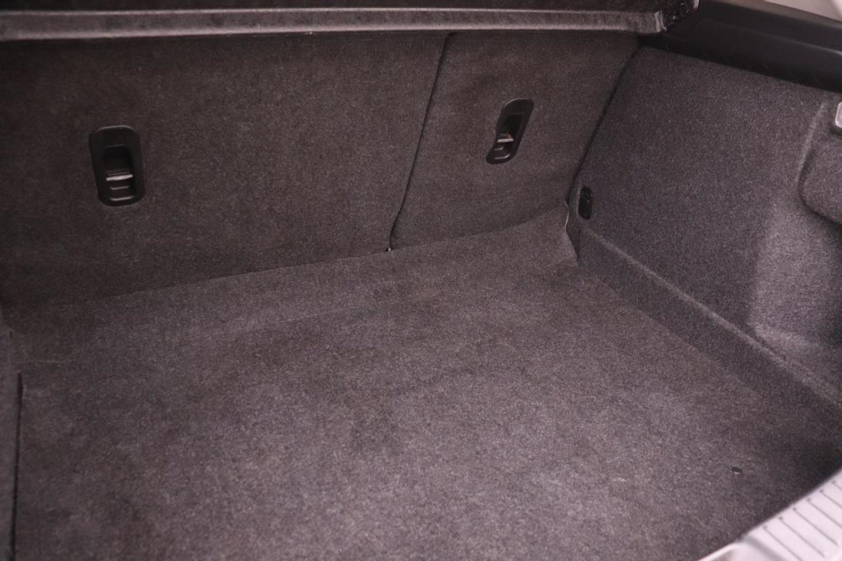 Mazda-3-20
