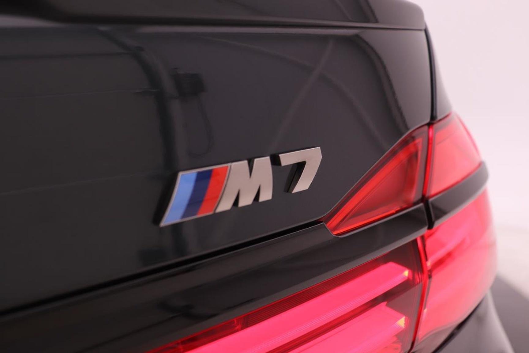 BMW-7 Serie-40