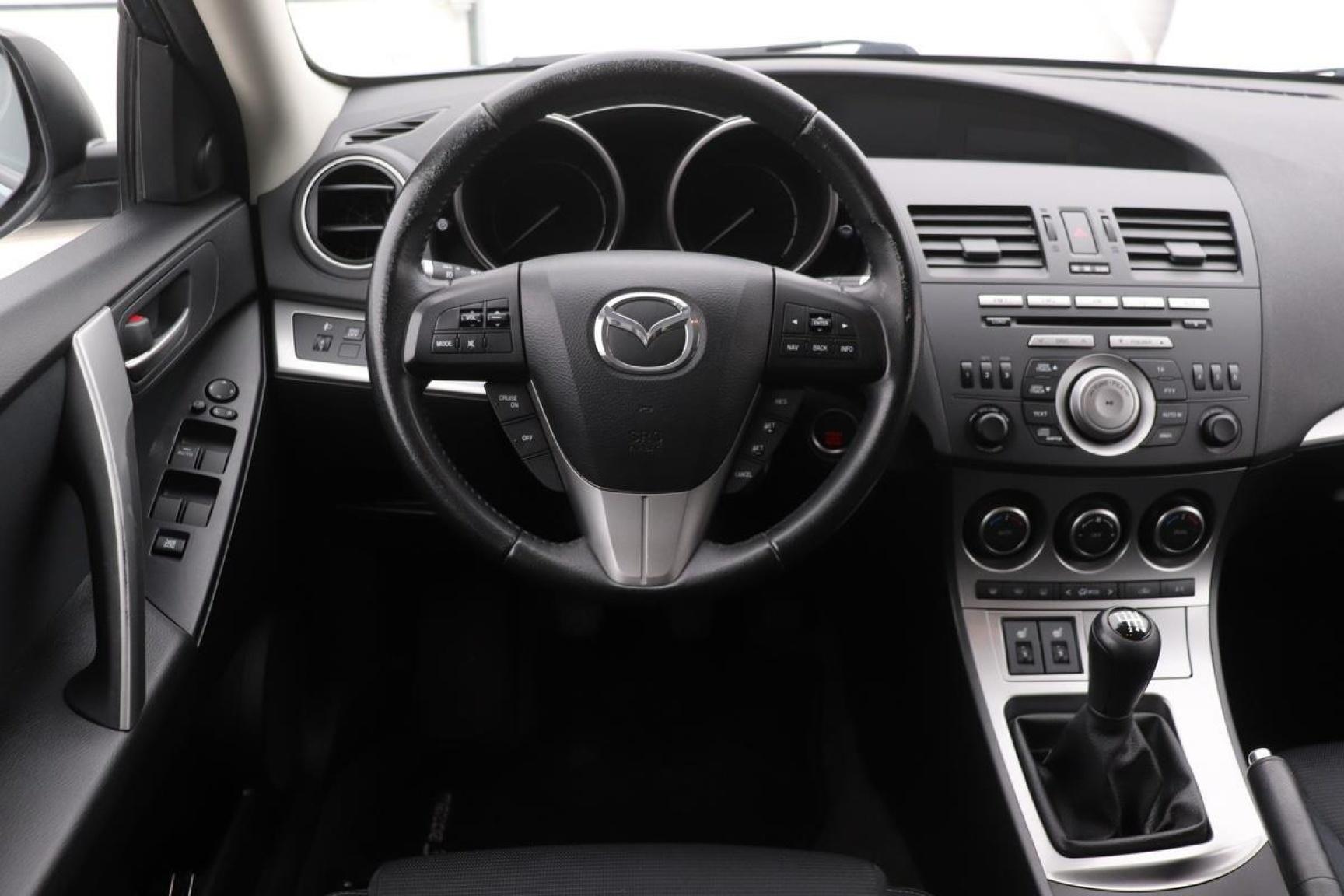 Mazda-3-3