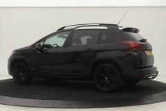 Peugeot-2008-1