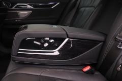 BMW-7 Serie-34