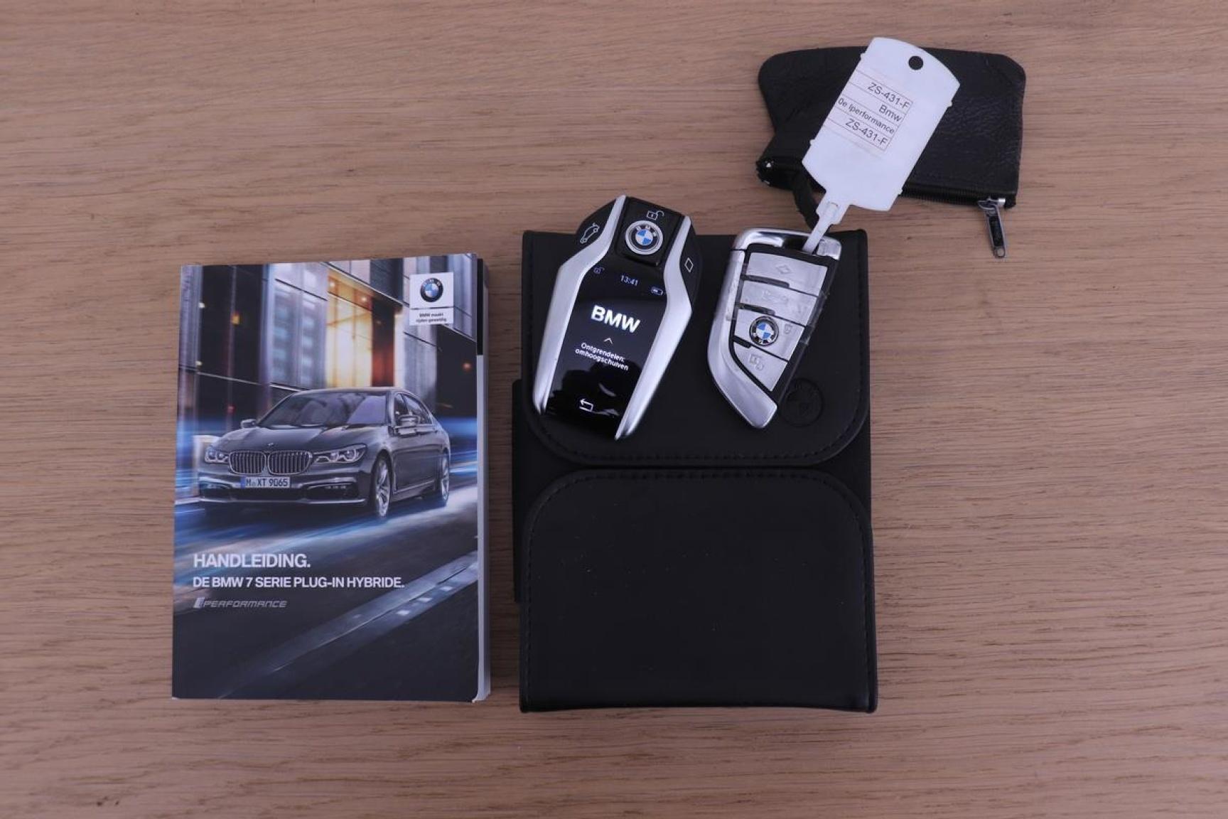 BMW-7 Serie-26