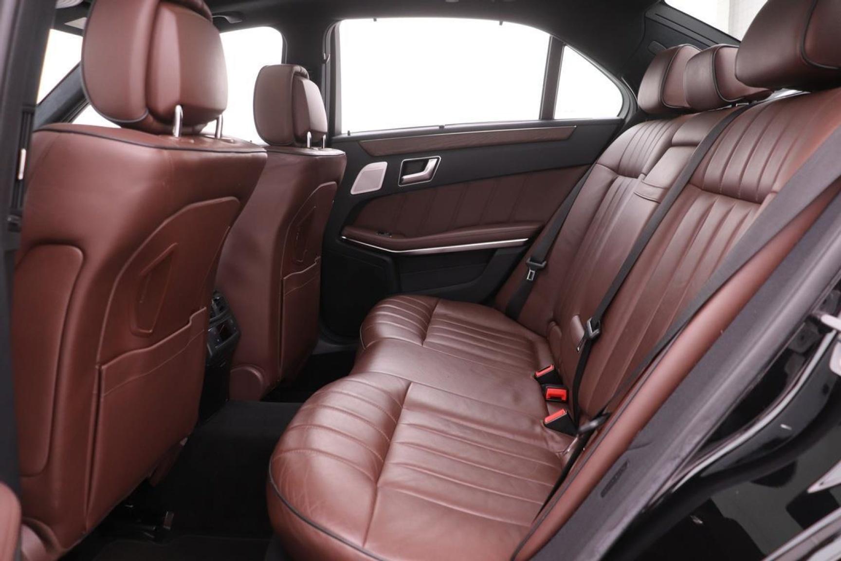Mercedes-Benz-E-Klasse-27