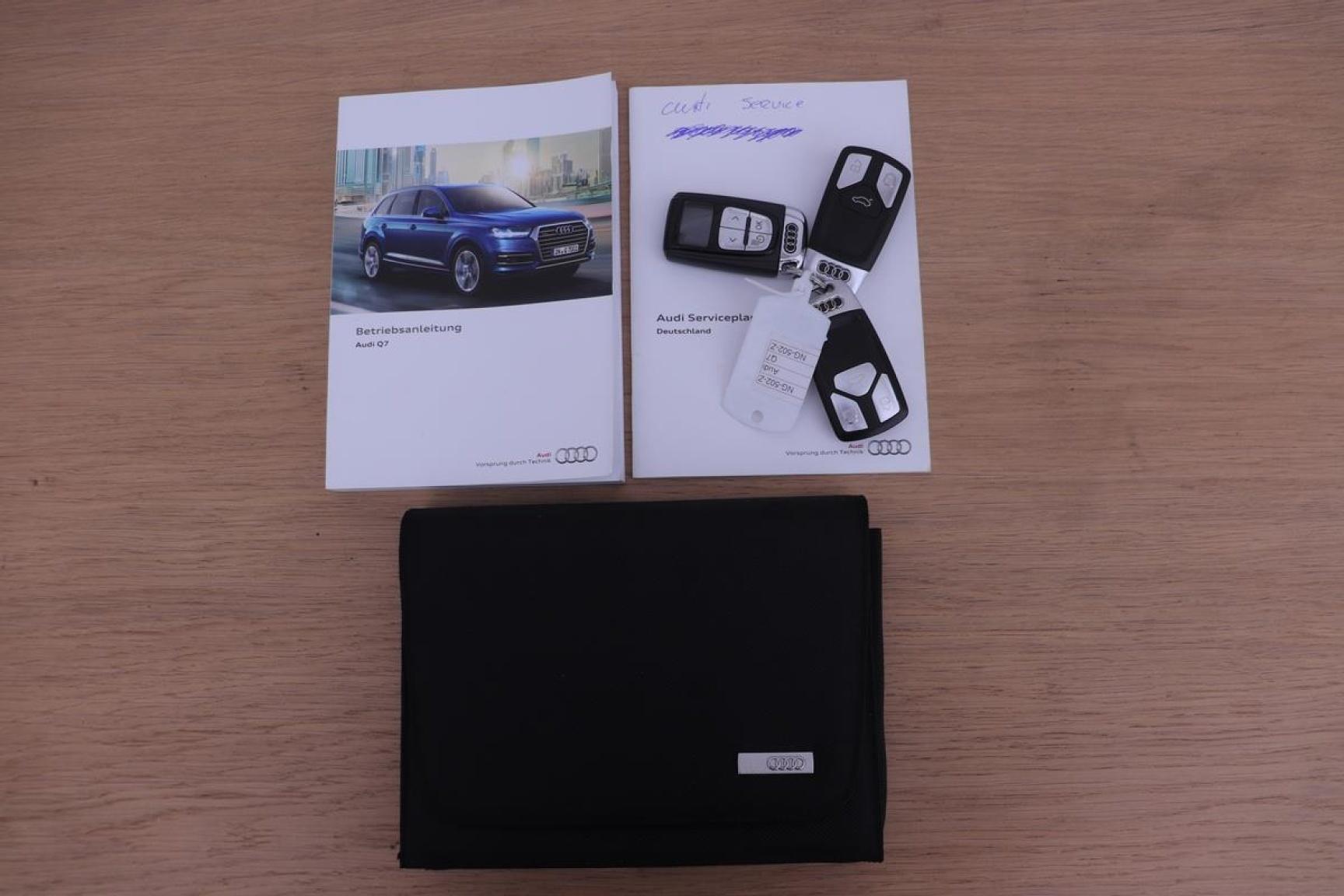 Audi-Q7-27